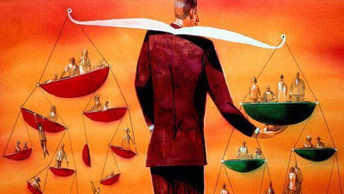Итоговое сочинение: Почему важно руководствоваться моралью, живя в обществе?